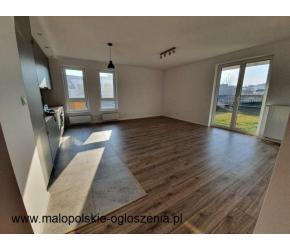 Sprzedam nowe wykończone mieszkanie z ogródkiem i grażem 52m2 al. Zbożowa